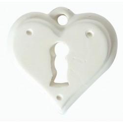 1 LOCK HEART PLASTER CAST